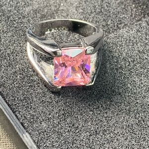Jewelry - Lia Sophia pink stone ring.
